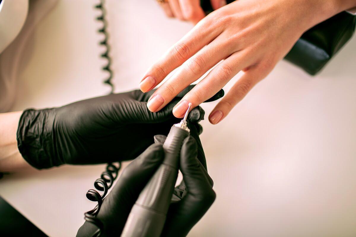 Chińskie produkty do manicure - czy warto importować z Chin
