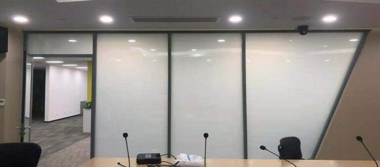 Pomysł na import: folia inteligentna, czyli smart glass