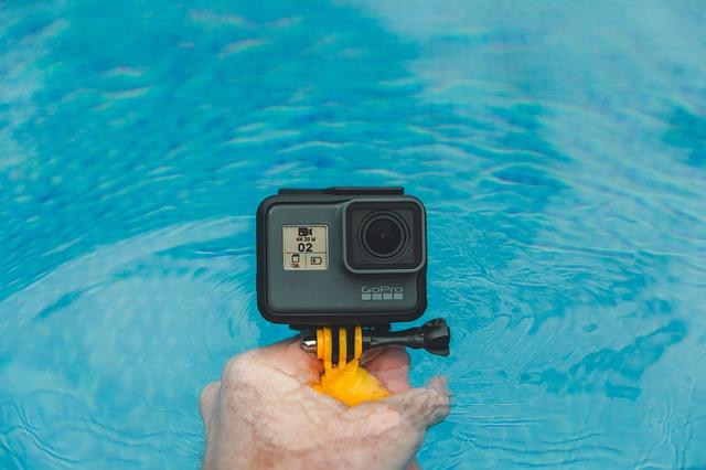 Przykład zastosowania akcesoriów GoPro w wodzie