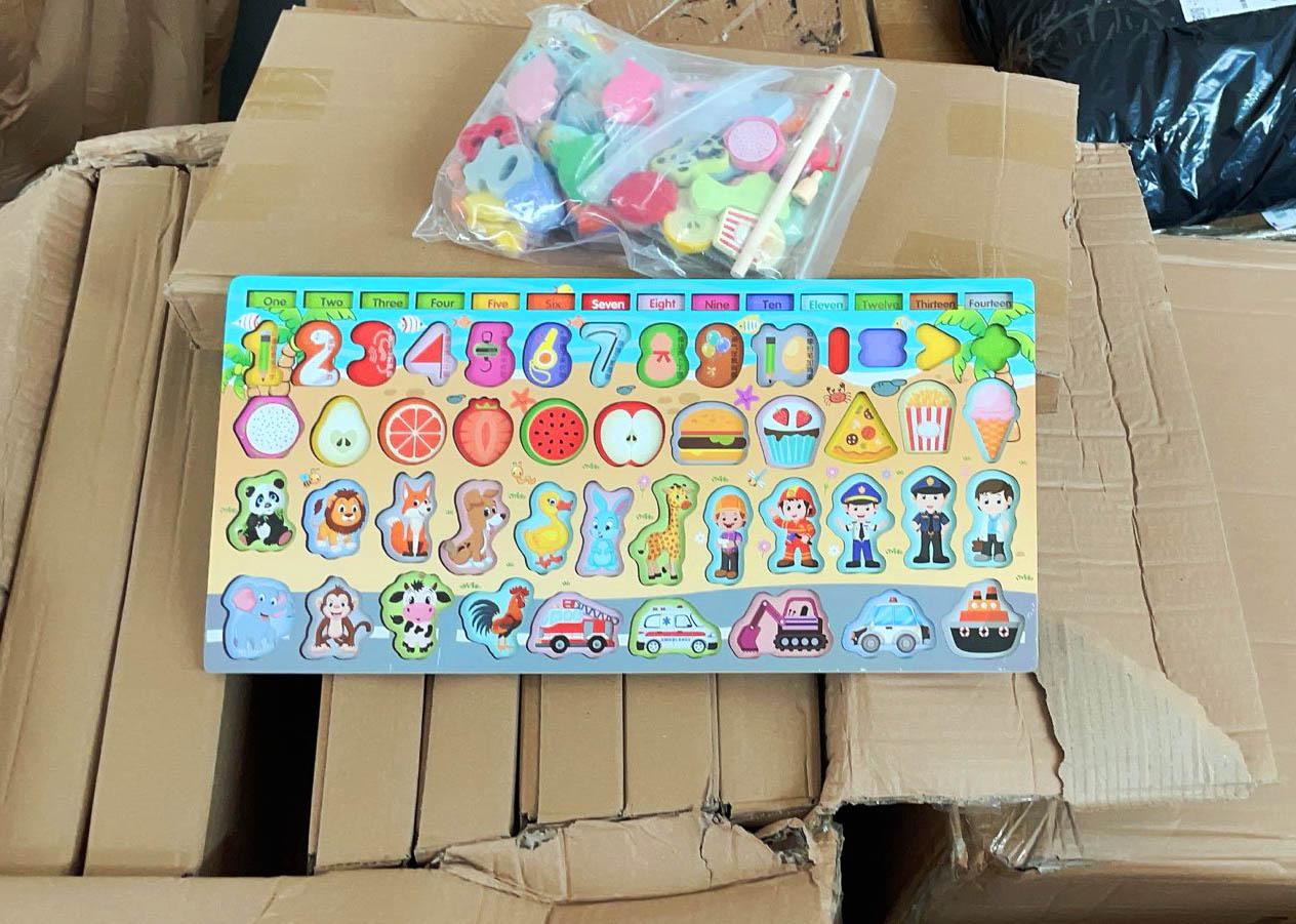 Tablice edukacyjne dla dzieci sprowadzone z Chin